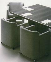 Poltrona Mac-1, versione ufficio. Progetto dell'architetto Marcello Cuneo, produzione Arflex