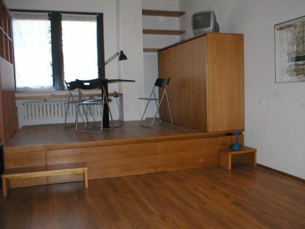 Studio flat furnishing